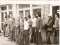 uczestnicy zawodów o Mistrzostwo Okręgu Kielce w wędkarstwie rzutowym. Białogon 28 V 1978 r. Trzeci z lewej Henryk Kuza, dalej Jacek Kuza.