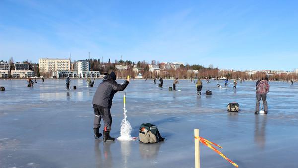 icefishingkuopio11024x576.jpg