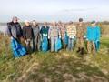 Członkowie Koła PZW Dzierżoniów i Koła PZW Bardo rozpoczynają akcję sprzątania