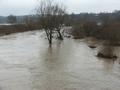 Pamiętna powódź z marca 2006. Widok z mostu w Osobnicy.