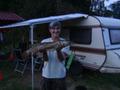 Szczupak został złowiony 6 sierpnia 2011 r. na jeziorze Komorze (pojezierze Drawskie) metodą spinningową przez kol. Jurka Czajkowskiego Ryba ważyła 3,27 kg i mierzyła 77 cm
